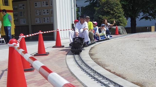 三和テッキ鉄道広場交流会160514 015.JPG