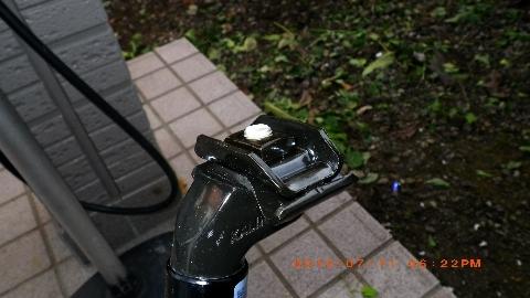 自転車の 自転車 サドル 交換 レンチ : ... サドルを取り付けて、サドルの
